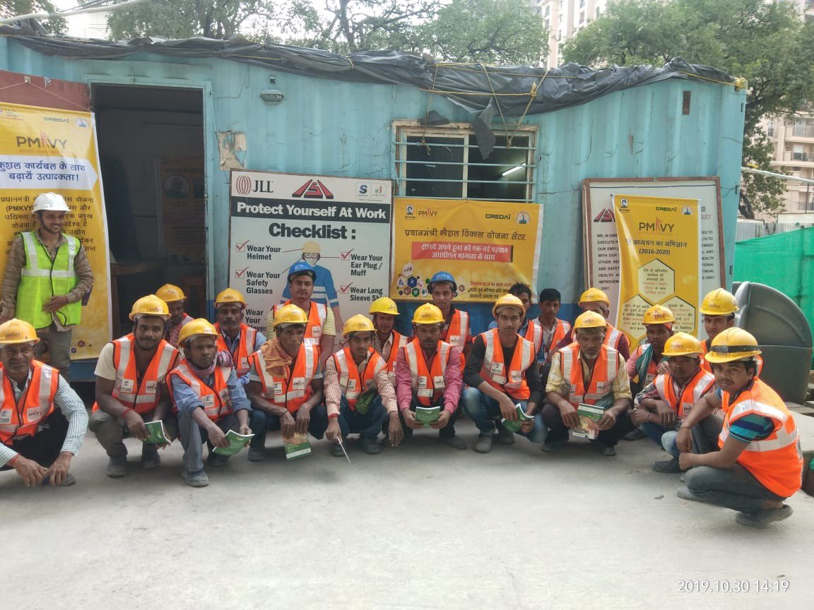 To leverage the demographic dividend of India,skill upgradation is the only way to prepare our workforce.With this objective CREDAI launched a new batch of Bridge RPL on 30 Oct at Shaikpet, Hyderabad  #PMKVY #PMKK #SkillIndia  Skill India NSDC National Skill Devp Corp. PMO India https://t.co/SvGBqDTOeT