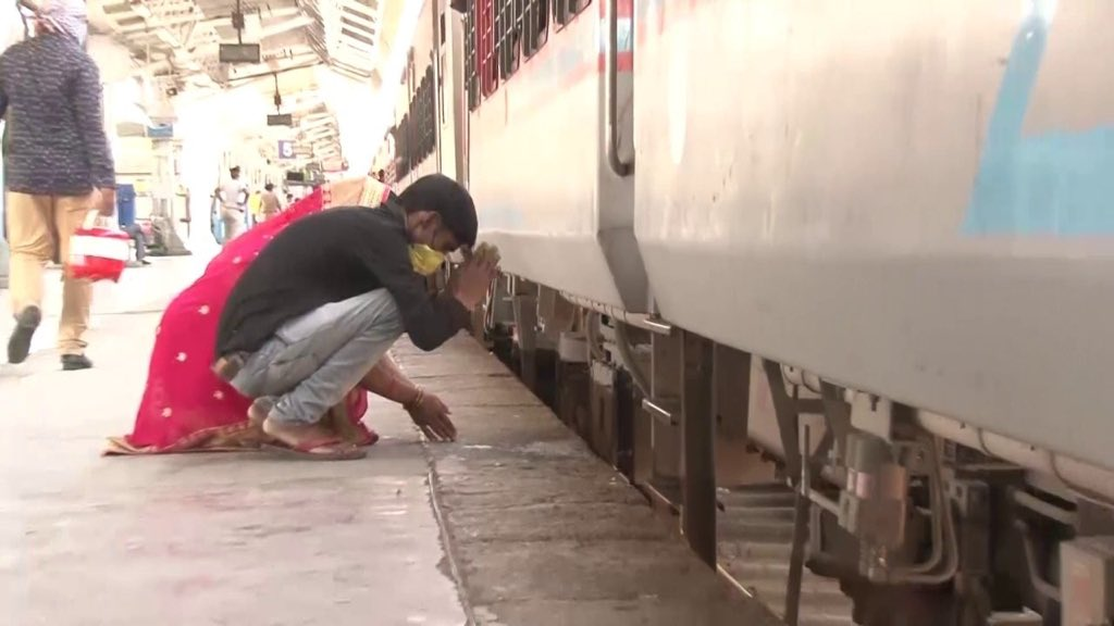 Gujarat has given so much..We shall return #Gujarat.but as of now we want to go home - our native- #Raebareli in #UP. We are missing home  Pic of #MigrantLabourers in #Ahmedabad bowing down to the #train before boarding it @CREDAINational  #MigrantLivesMatter #LockdownDiaries https://t.co/fPFYsvduKX