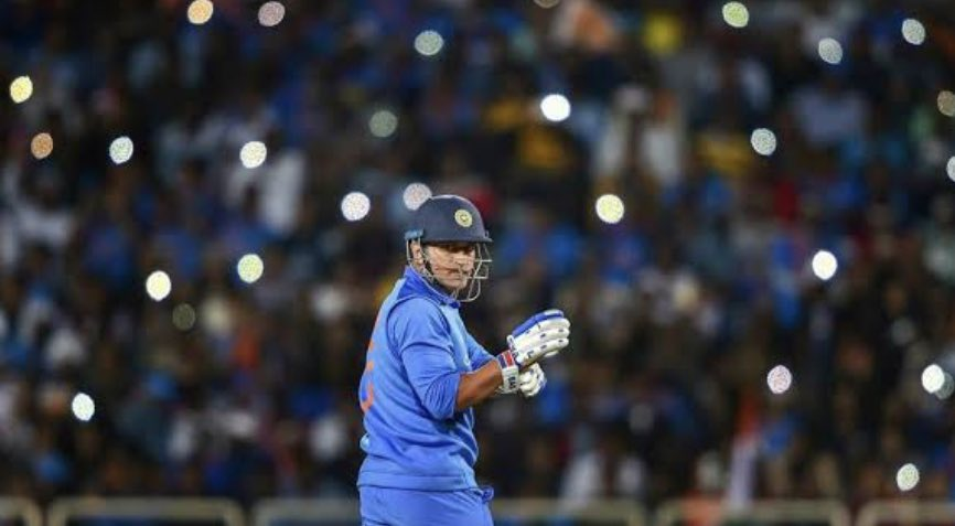 Thank you Dhoni for an incredible era of Indian cricket. We will miss you & I will personally always be inspired by your cool, level headed charisma.Your actions are one of the greatest lessons on leadership. Congratulations on a great career, and I'm sure the best is yet to come https://t.co/tEqBgPZrjG