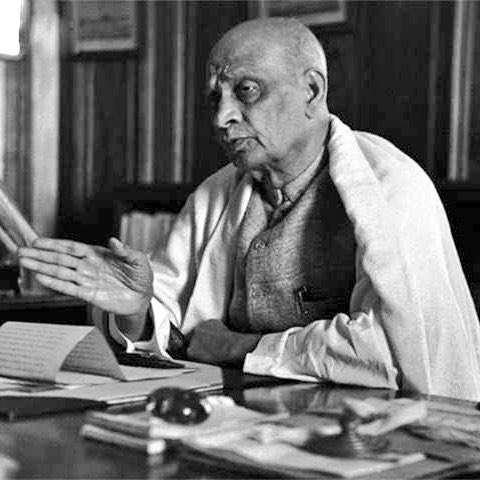 My humble tributes to the leader I admire most - the Iron Man of India, Sardar Vallabhbhai Patel - on his death anniversary. #SardarVallabhbhaiPatel @SavvyAhmedabad @ASSOCHAM4India @CREDAINational https://t.co/cXAHh7oBN1